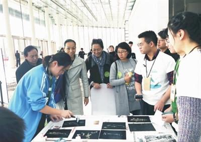 武漢第十二中學柳娜:給城市很好的未來