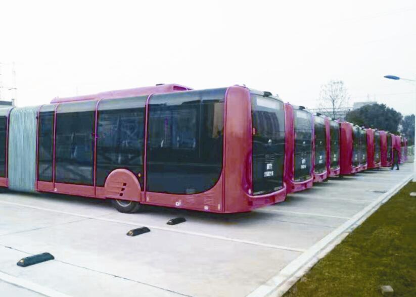 新公交车全面使用新能源